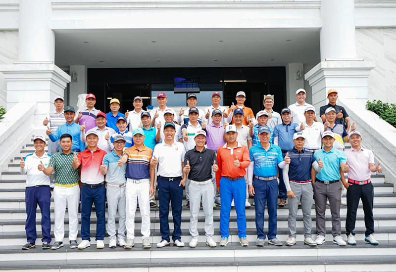 giai golf hoi doanh nhan tre quang ninh 2