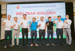 giai golf hoi doanh nhan tre quang ninh 3