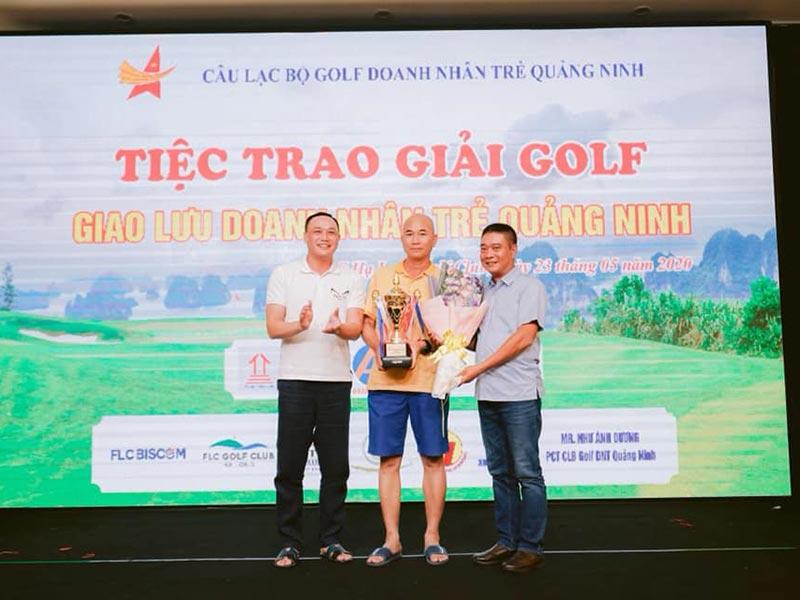 giai golf hoi doanh nhan tre quang ninh 6